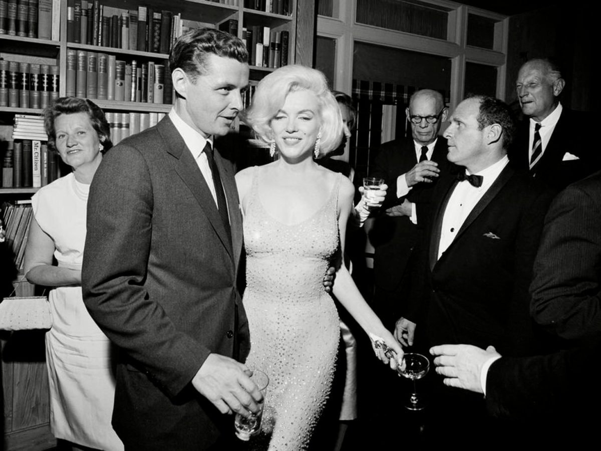 "The Story Behind Marilyn Monroe's ""Happy Birthday, Mr. President"" Dress"
