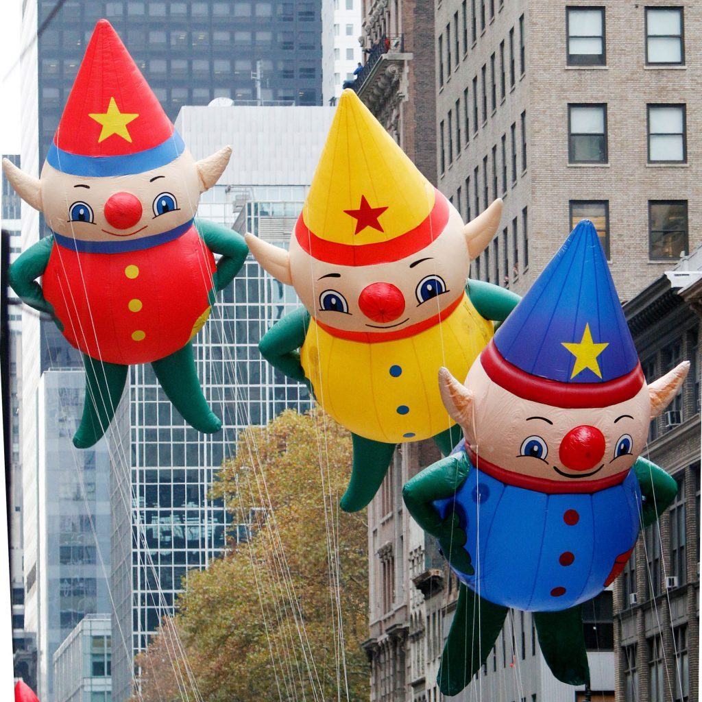 macy's elves thanksgiving parade float balloon macy's