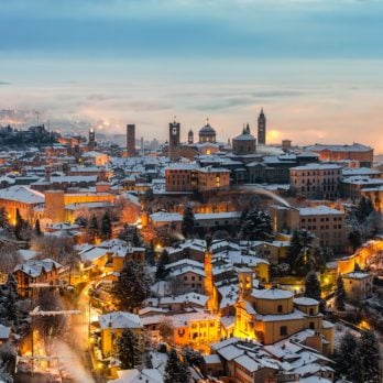 The 13 Most Beautiful Snow-Covered Towns Around the World