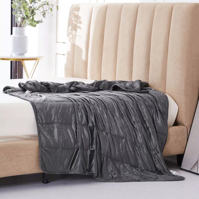 Altavida 12-pound Ultra Plush Faux Mink Weighted Blanket