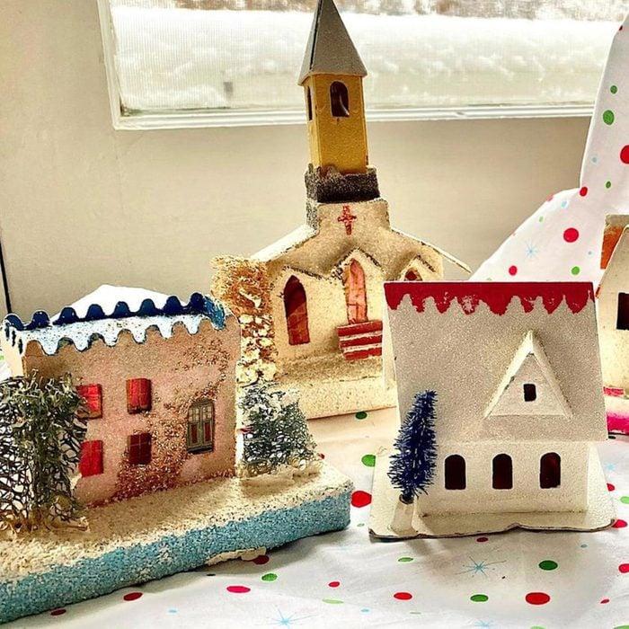 Putz cardboard houses