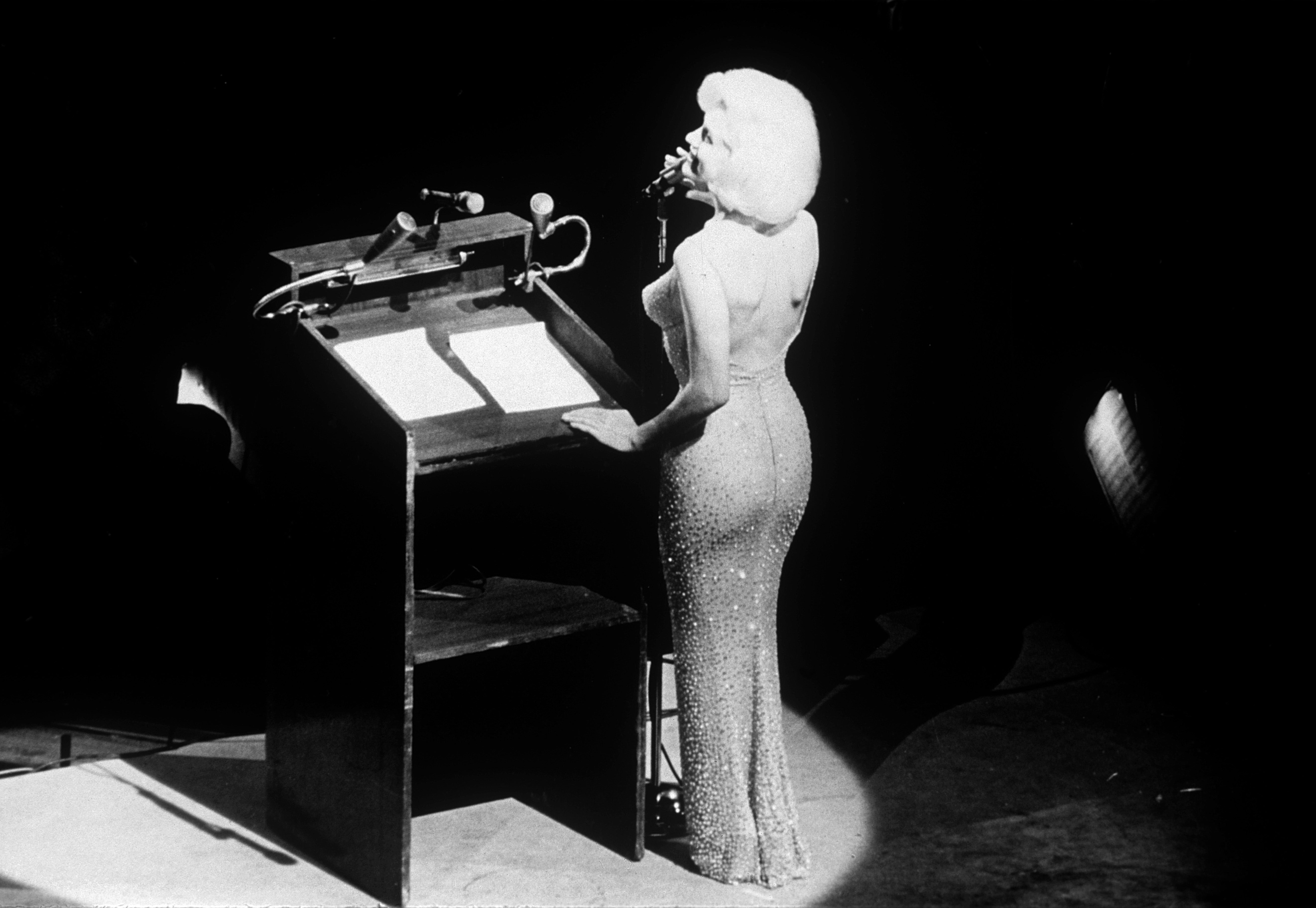 Mandatory Credit: Photo by Snap/Shutterstock (310267y) Marilyn Monroe singing 'Happy Birthday, Mr. President' to John F. Kennedy May 19, 1962 at a celebration of his forty-fifth birthday, ten days before the actual date MARILYN MONROE RETROSPECTIVE