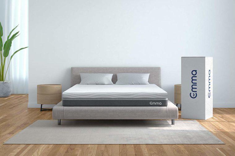 emma queen mattress