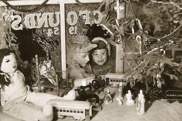 vintage christmas photo store window 1960
