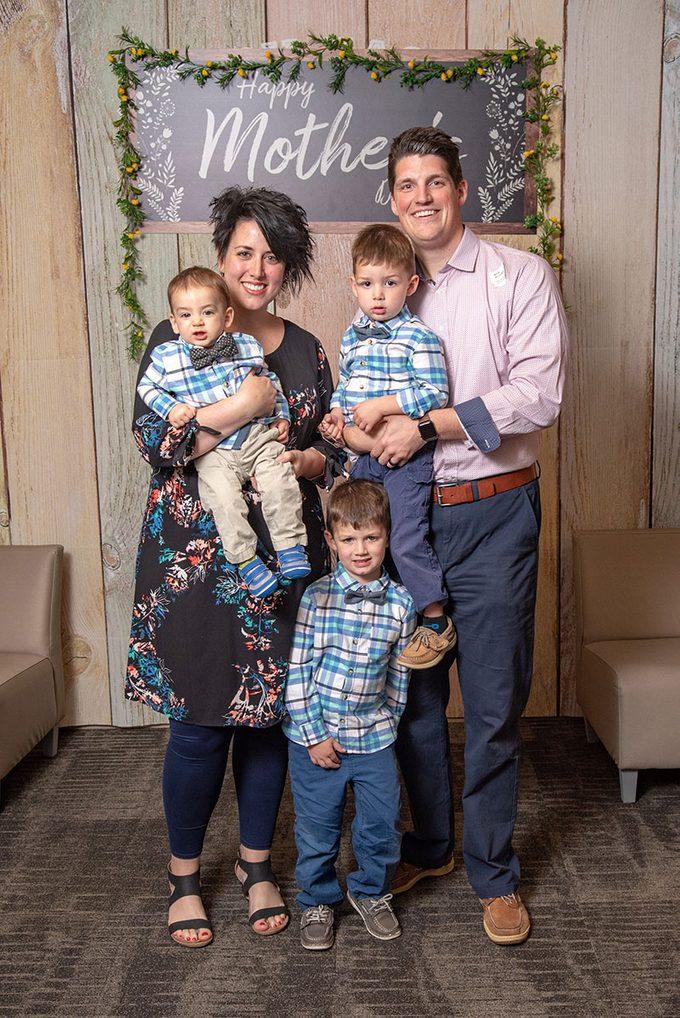 alexandra frost family