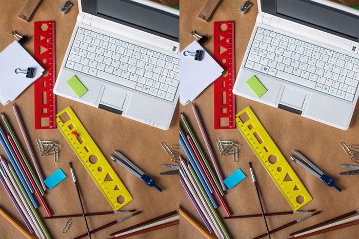 Find The Differences desk scene