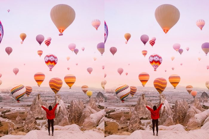 Find The Differences scene with hot air balloons