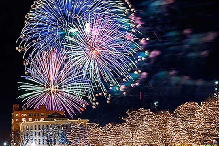 omaha new years eve fireworks spectacular lights festival