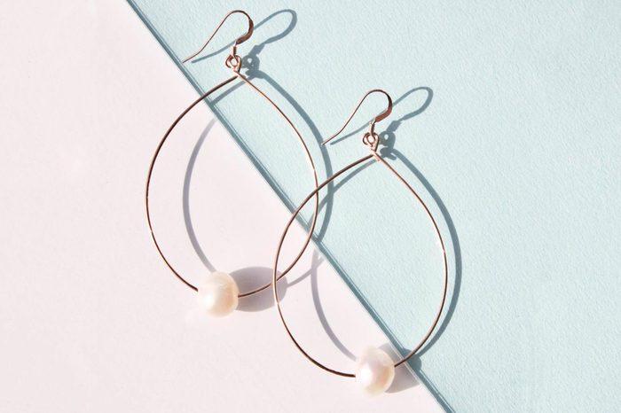 delicora pearl street hoop earrings