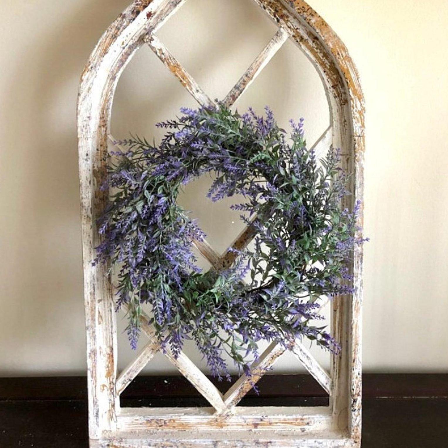 Lavender Door Décor