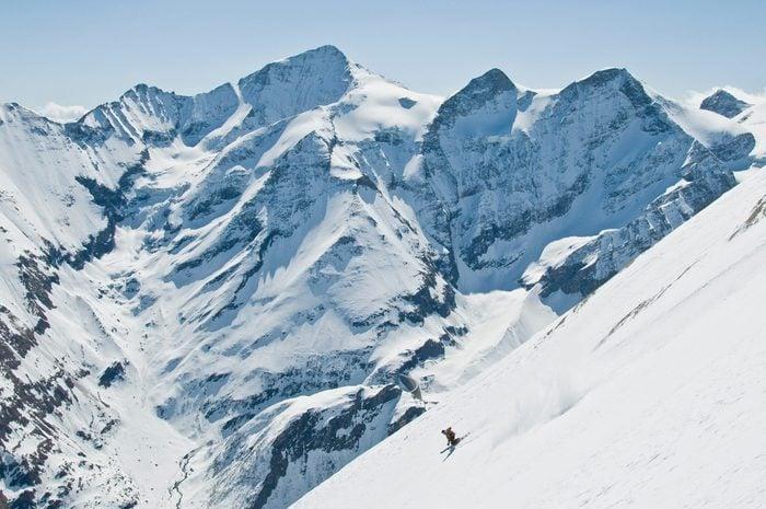 Impressive skiing at the steep slopes of Kitzsteinhorn in austria