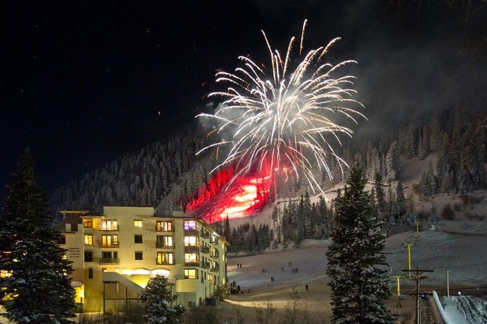 taos ski valley new mexico new years eve fireworks celebration
