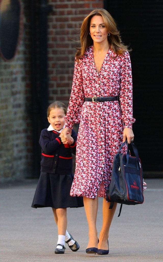 kate middleton taking daughter to school