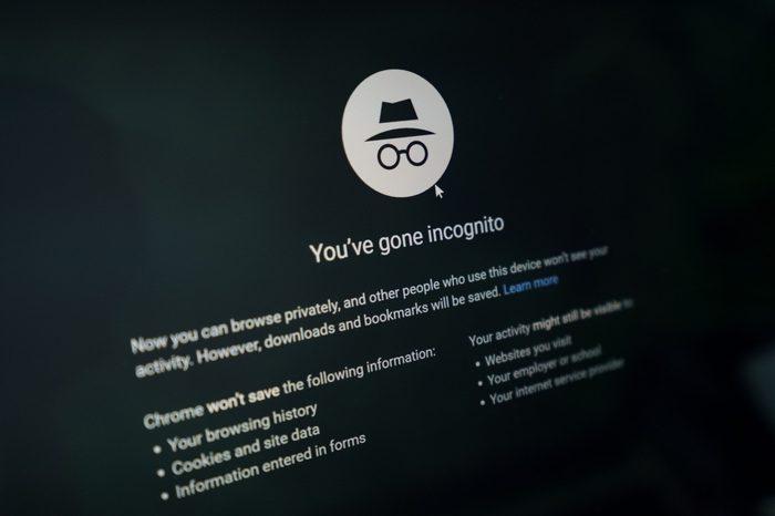 google incognito mode screen close up
