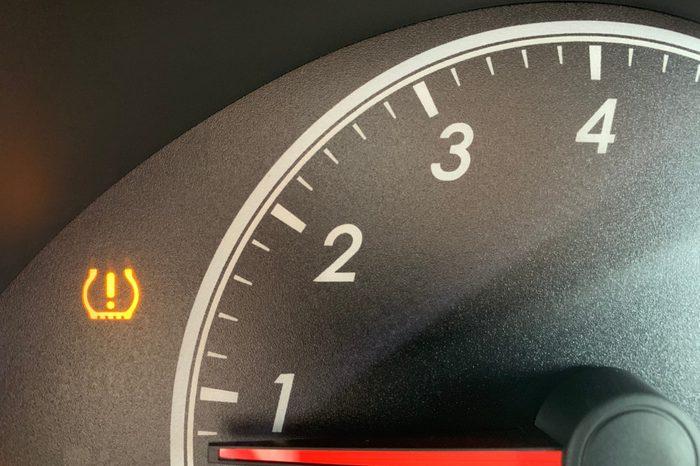 Low tire pressure alarm