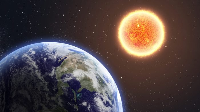 distance between the earth and the sun