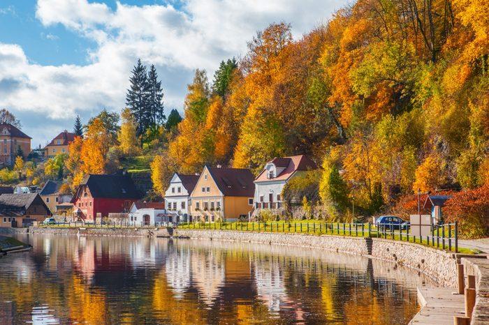 Idyllic autumnal life in Cesky Krumlov, Czech Republic