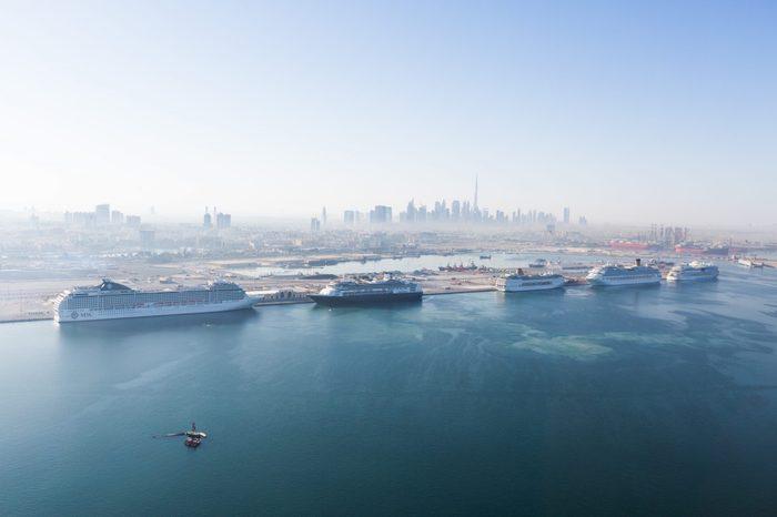 dubai cruise ships