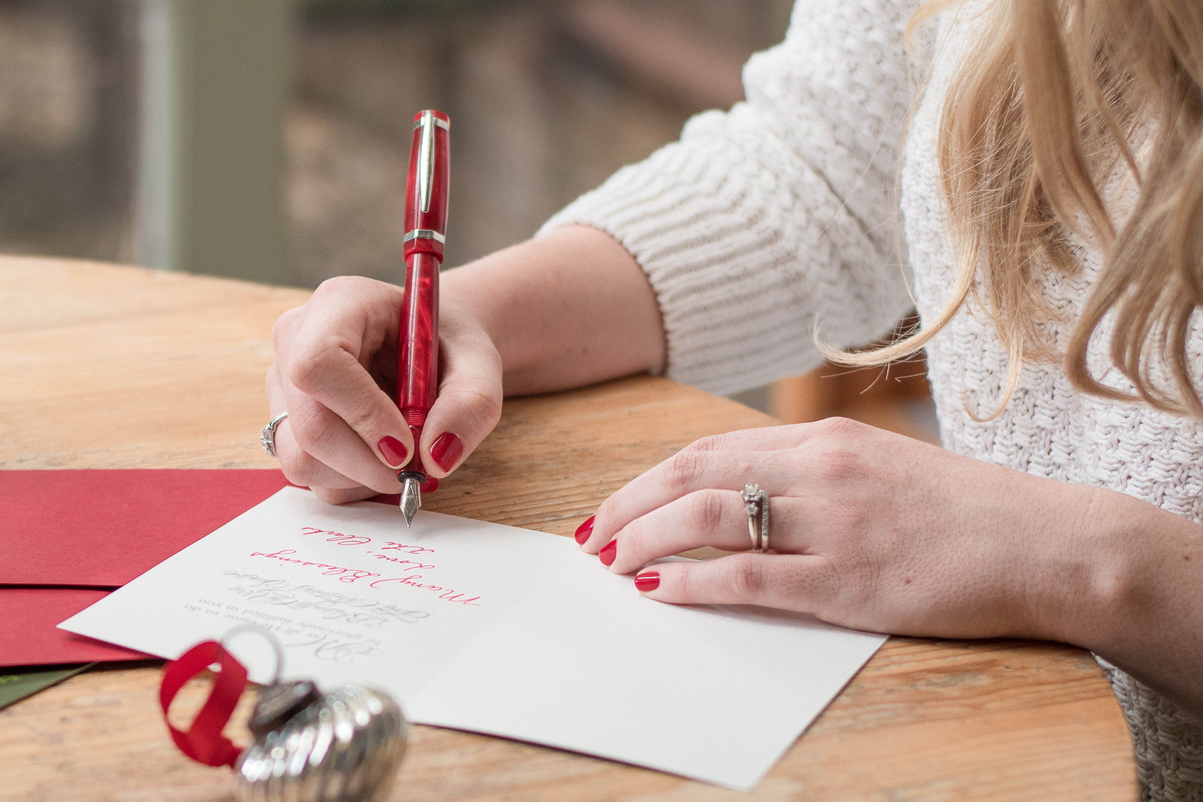 Holiday Card Etiquette Rules You Should Stop Ignoring