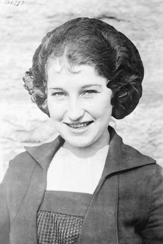 Miss Margaret Newburgh first woman to vote under the 19th ammendment
