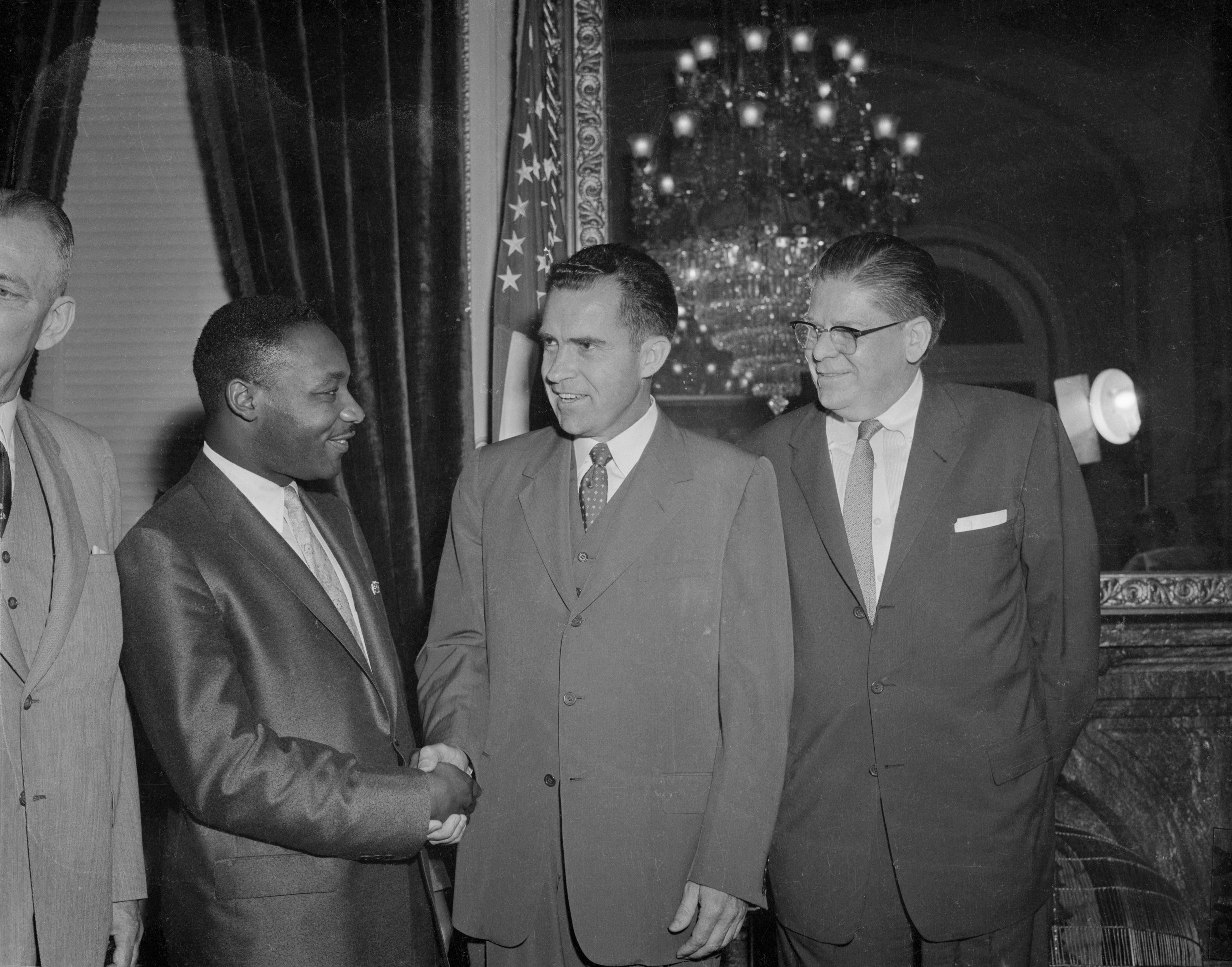 MLK and richard nixon