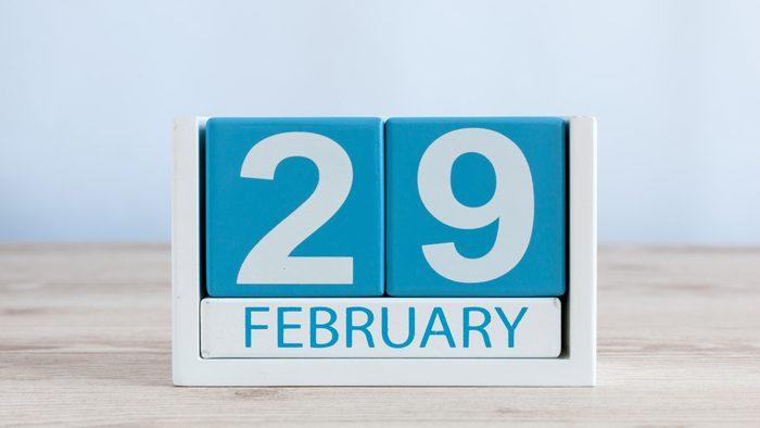 perpetual calendar showing february 29