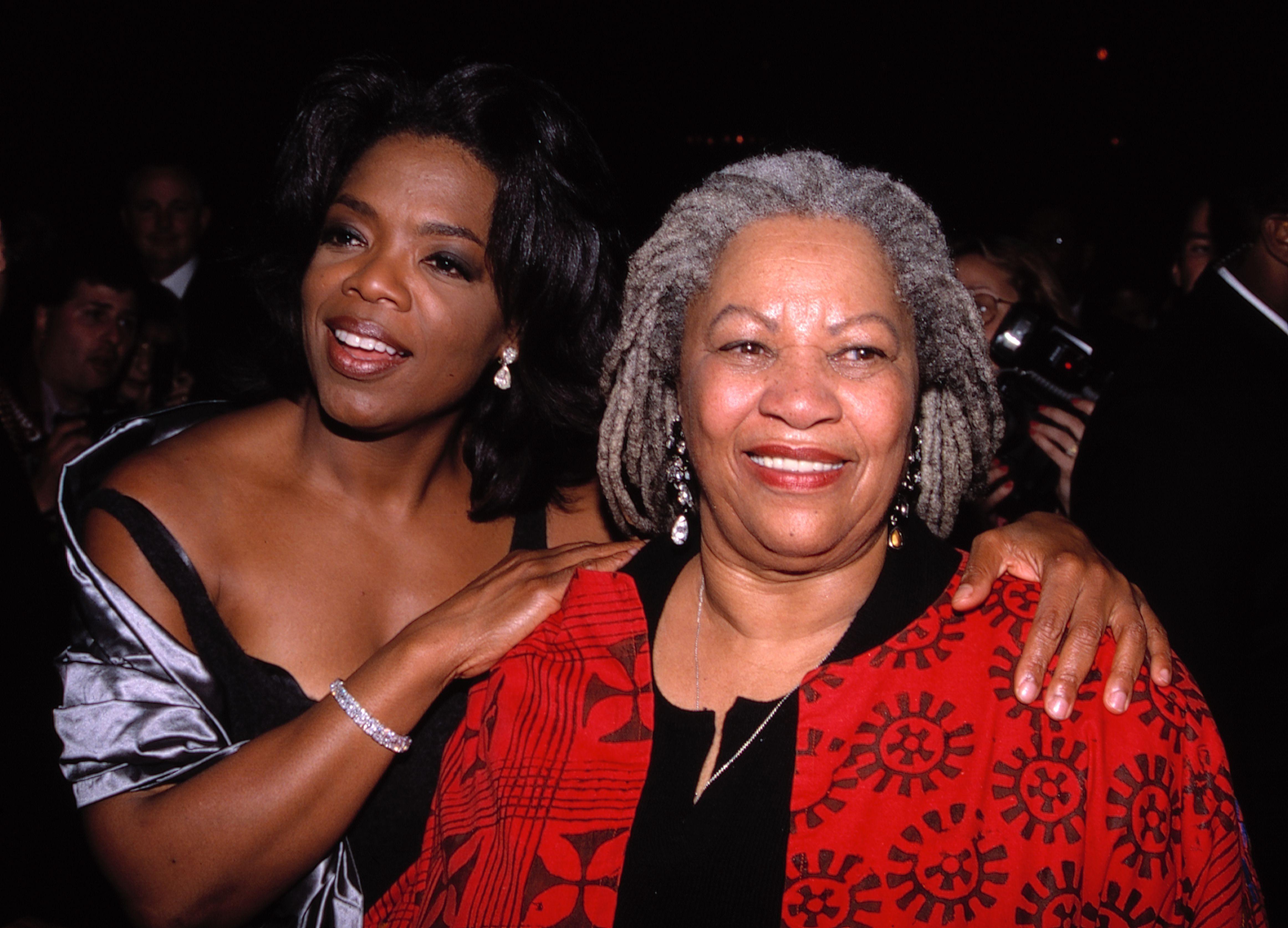 Mandatory Credit: Photo by MediaPunch/Shutterstock (10355776d) Oprah Winfrey and Toni Morrison 'Beloved' film premiere, Los Angeles, USA - 1998