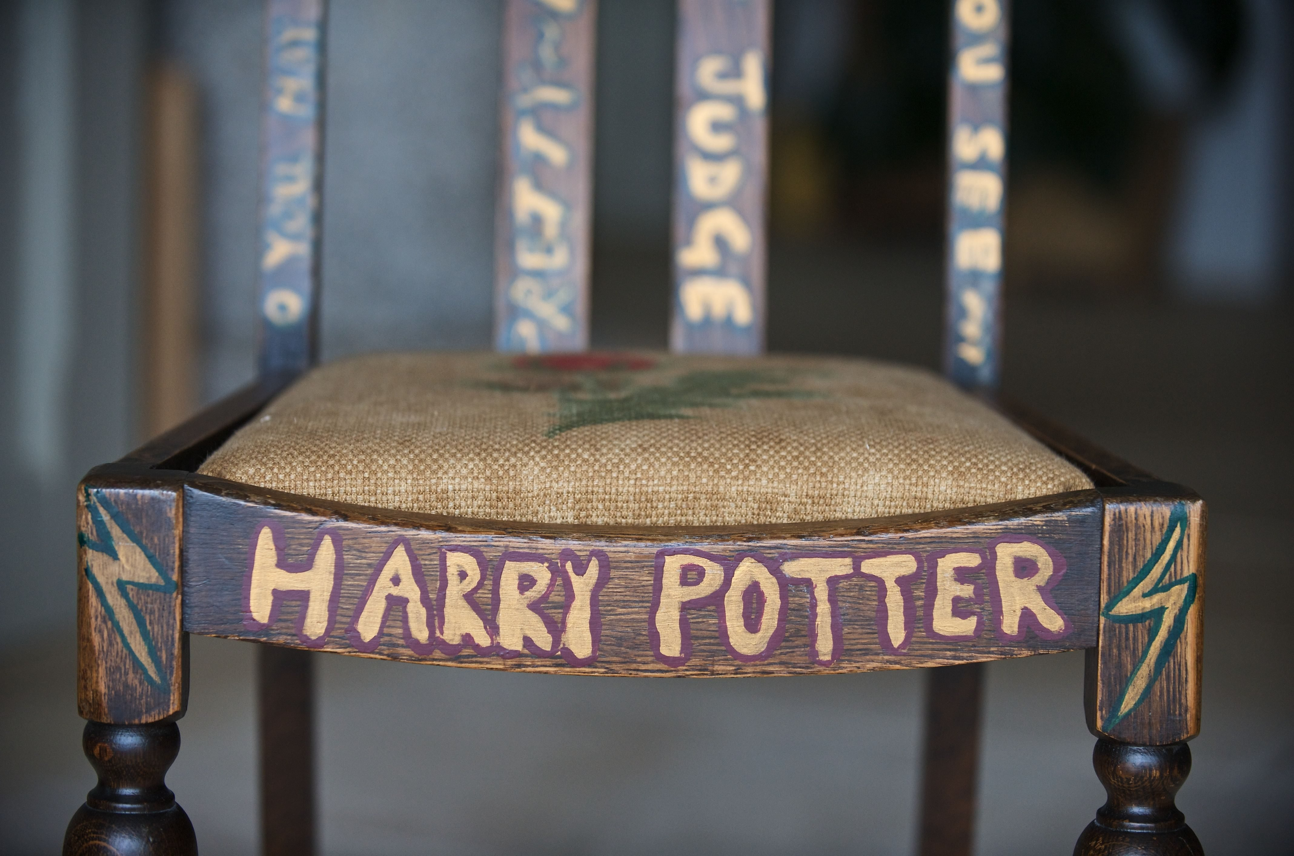 Exclusive - Premium Rates Apply. Call your Account Manager for pricing. Mandatory Credit: Photo by Matthew Ford/Shutterstock (977414s) Harry Potter Chair decorated by JK Rowling Chair on which JK Rowling sat when writing Harry Potter to be auctioned on ebay, Devon, Britain - Jul 2009