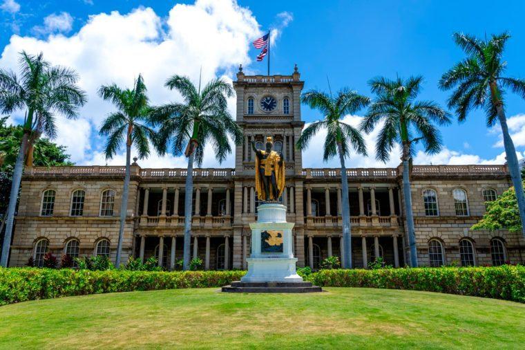 King Kamehameha The Great Statue at Aliʻiolani Hale Honolulu, Oahu, Hawaii