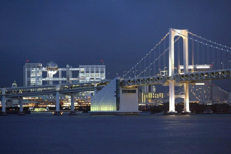 PORT OF TOKYO AND AKASHI KAIKYO SUSPENSION BRIDGE
