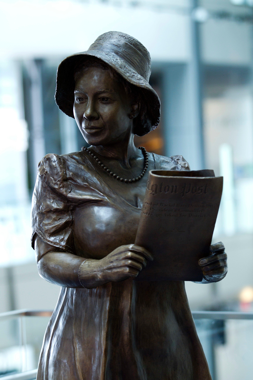 sculpture of Alice Allison Dunnigan, Washington. African American White House Journalist