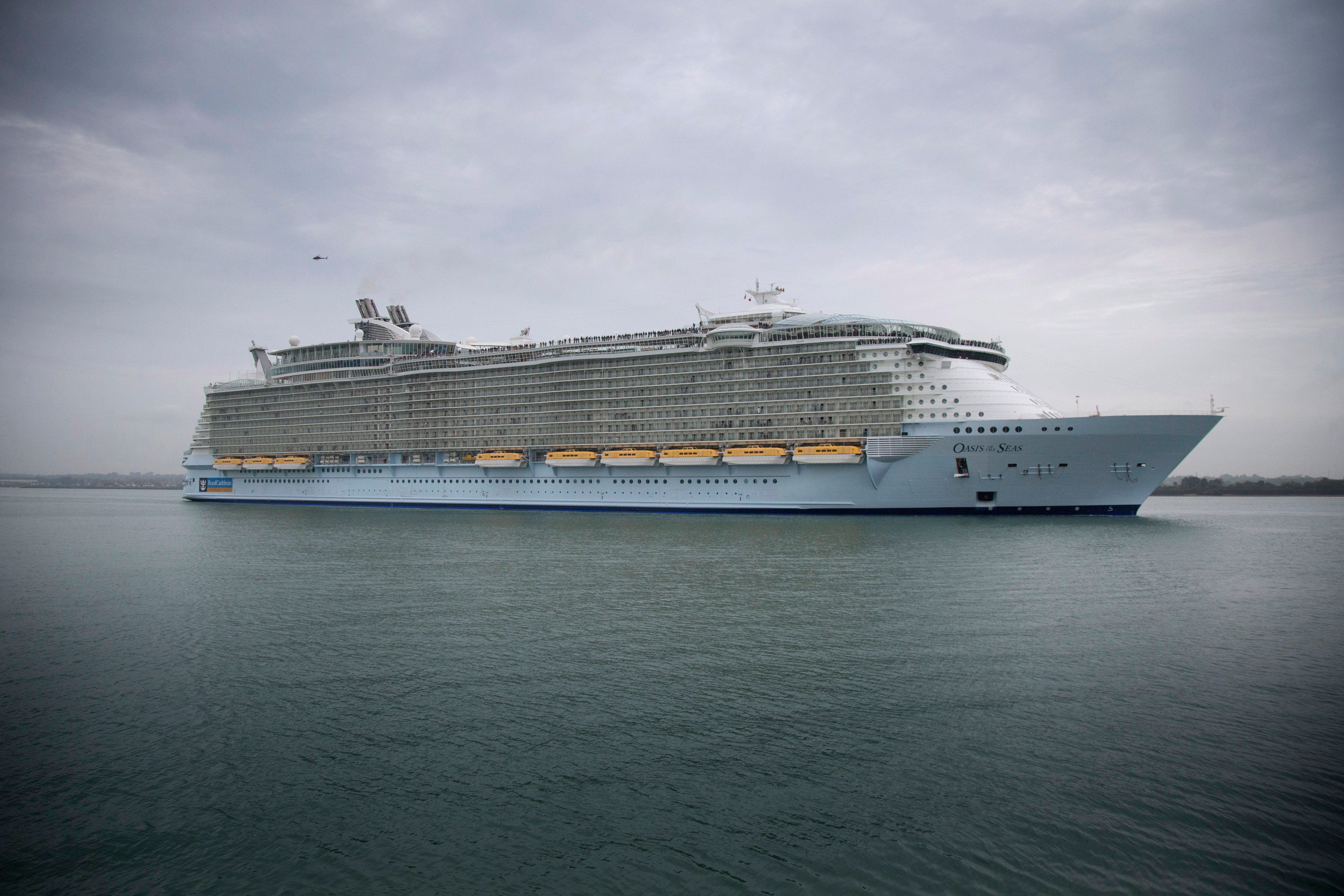 largest cruise ship 'Oasis of the Seas
