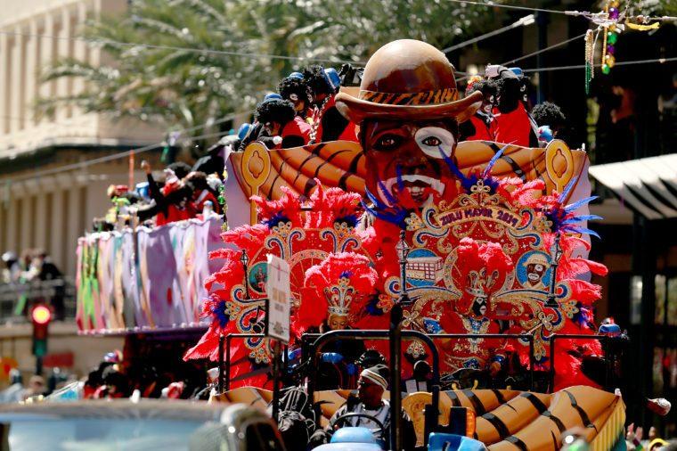 new orleans float mardi gras parade