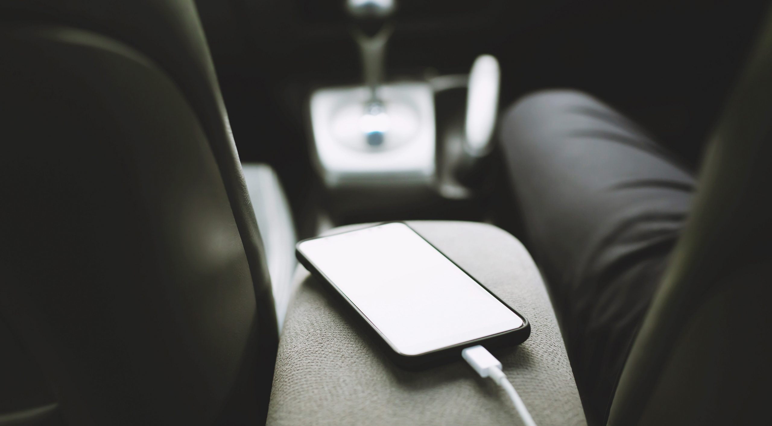 phone charging car console