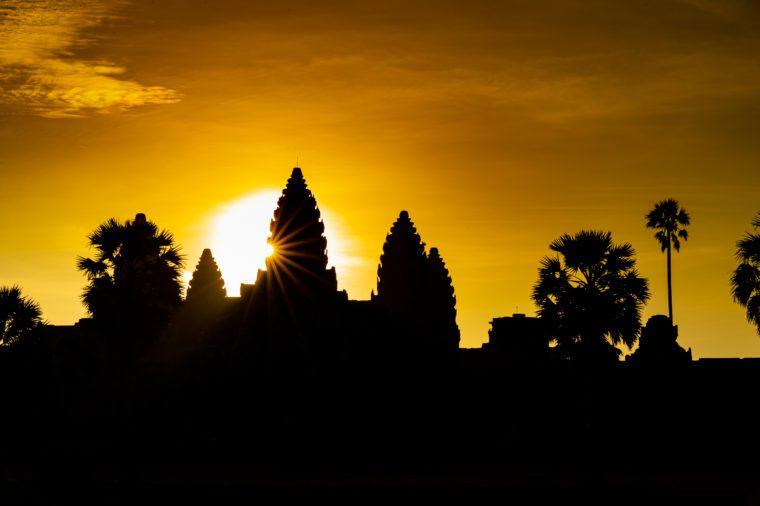 angkor wat cambodia spring sunrise