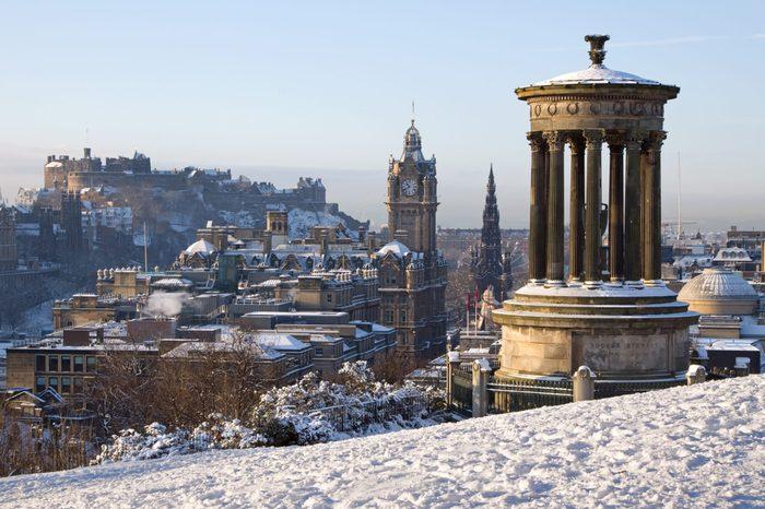 edinburgh snow scotland