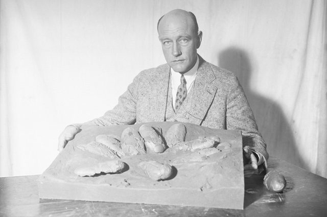 Roy Chapman dinosaur eggs