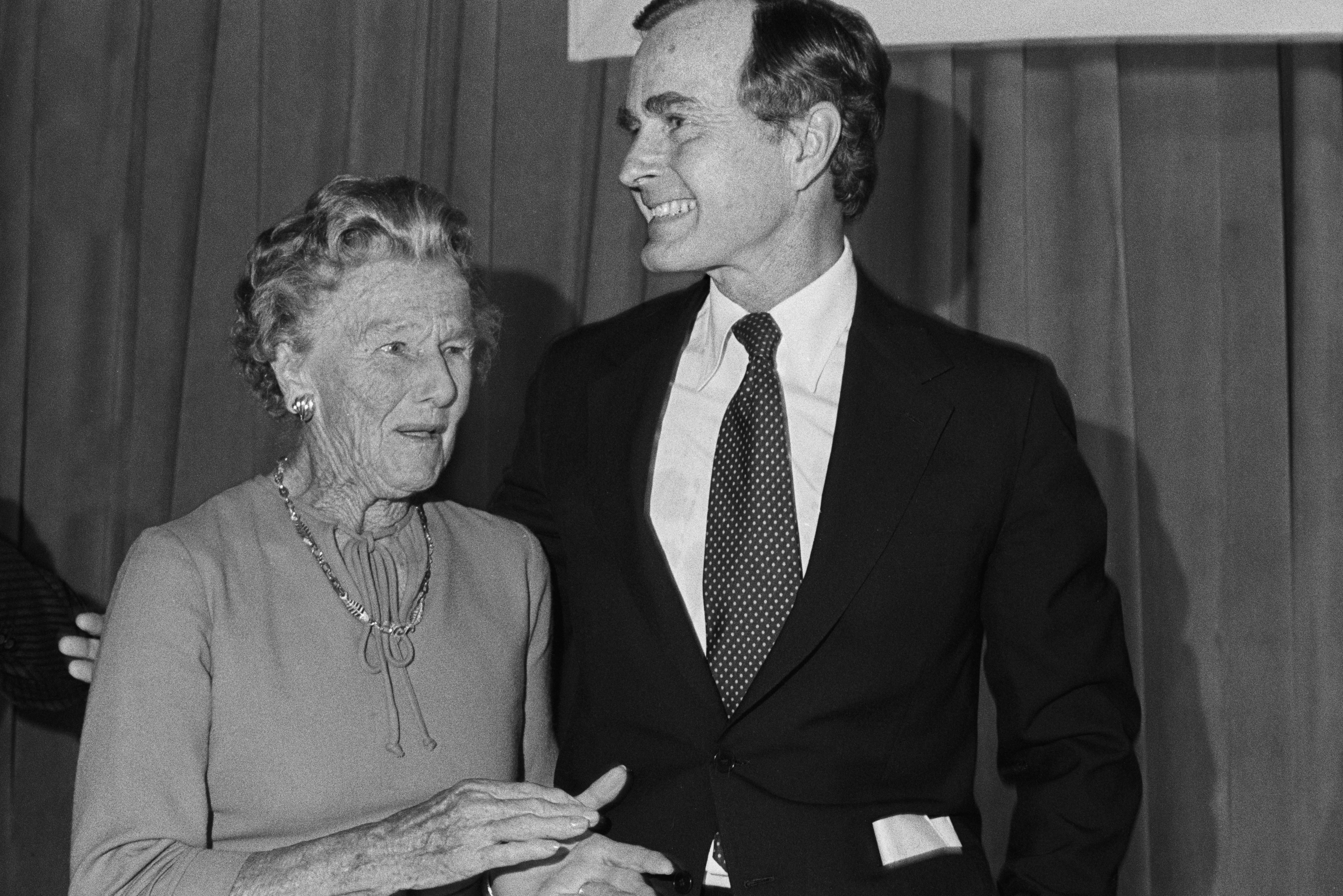 George HW Bush and mother dorothy