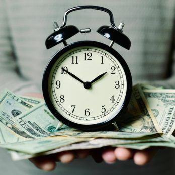 Here's How Much Money Daylight Saving Time Costs the United States