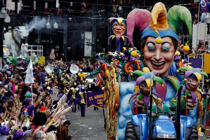 Mardi Gras new orleans float masks
