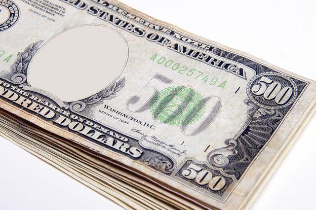 five hundred dollar bill stack