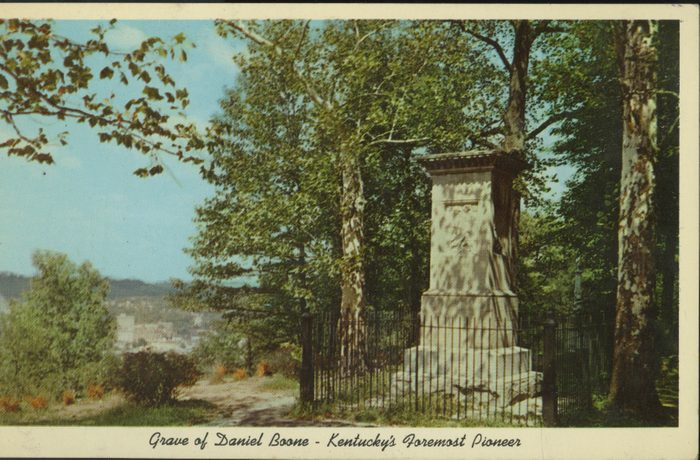 grave of daniel boone kentucky vintage post card