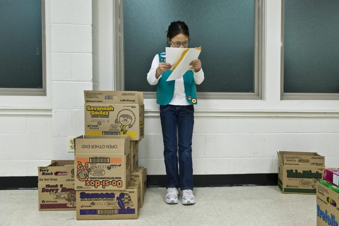 girl scout cookies selling boxes