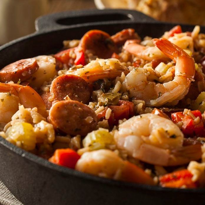 What's the Difference Between Cajun and Creole Food?