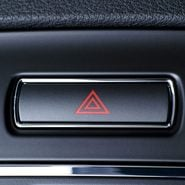 Here's the Only Time You Should Use Your Hazard Lights