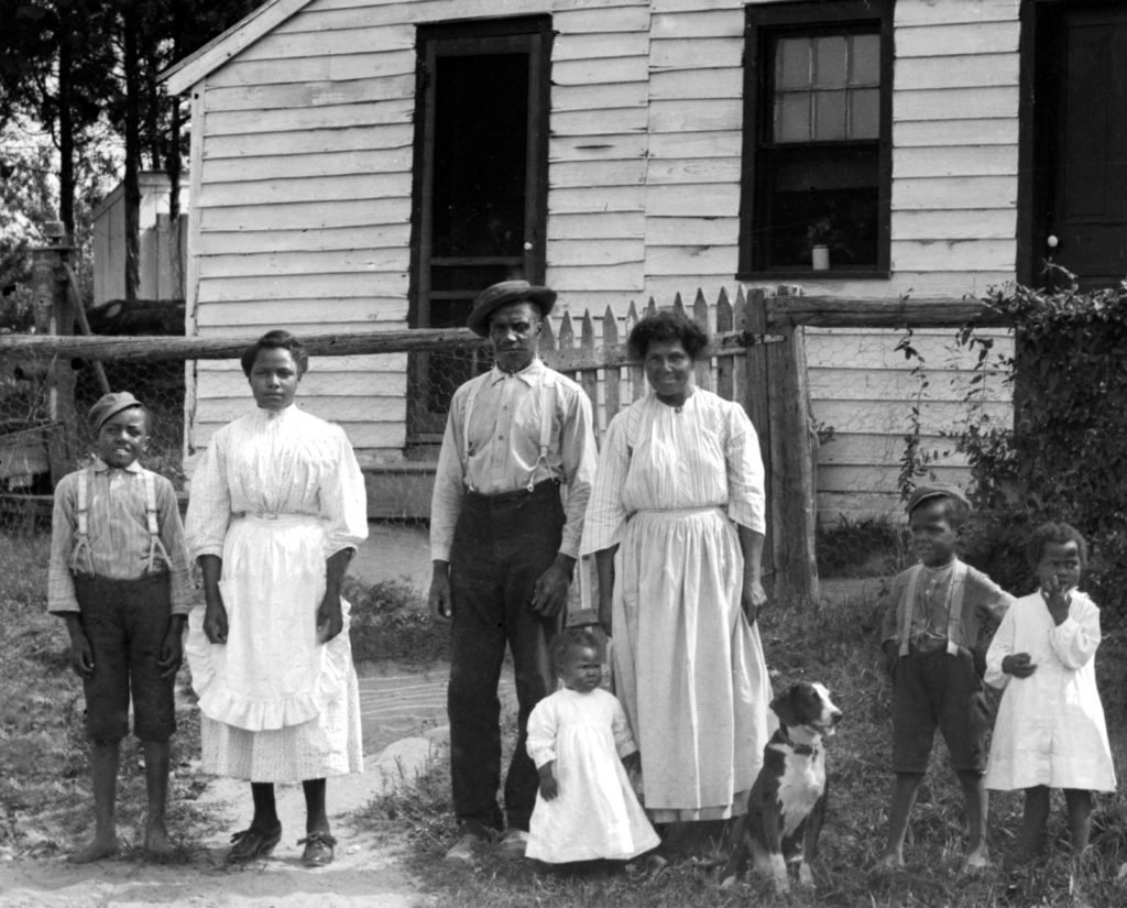 African-American family portrait, ca. 1920.