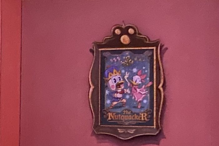 Mickey & Minnie's Runaway Railway hidden mickeys