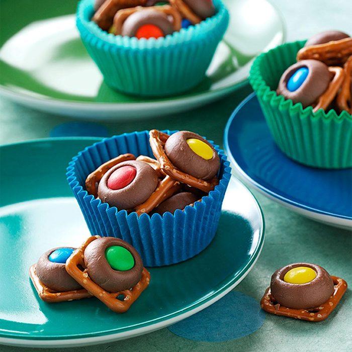 Chocolate Pretzel Rings