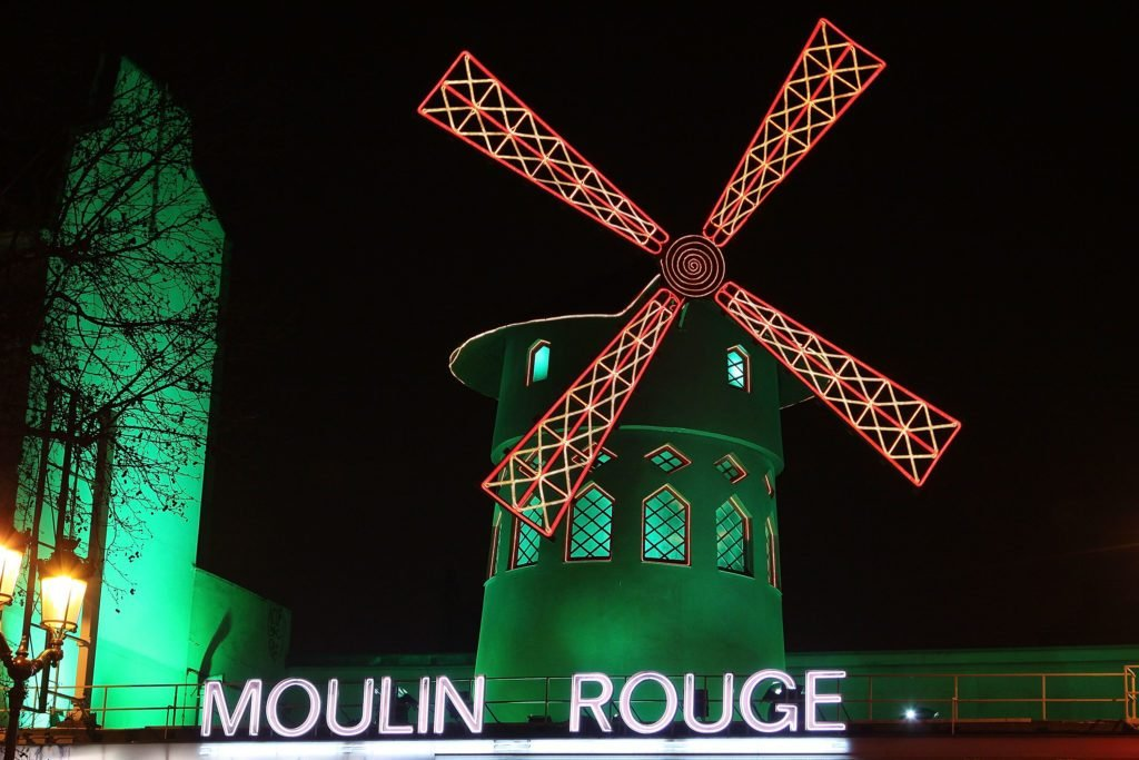 'Le Moulin Rouge' Wraps In Green For Saint-Patrick Day
