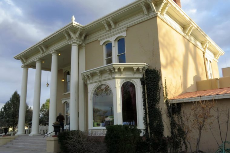 New Mexico: The Luna Mansion